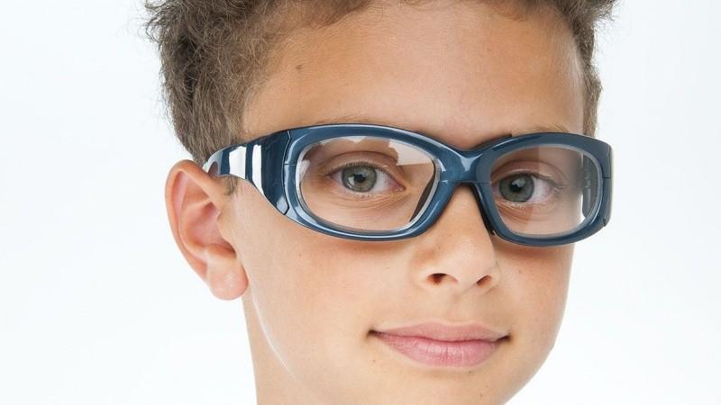 occhiali-bambino-sport-danielagherardi